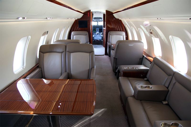 Challenger-605_Interior.3.png