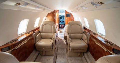 Learjet_60XR_interior.png